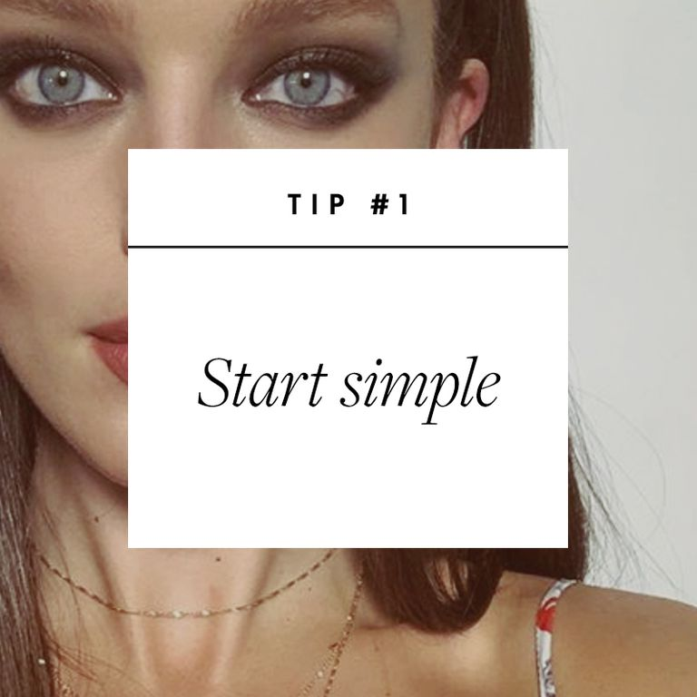 How to Apply Eyeshadow Like a Professional Makeup Artist